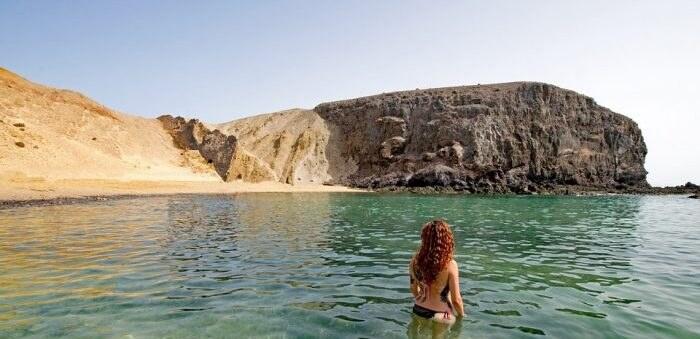 playa-del-papagayo-2437597_960_720
